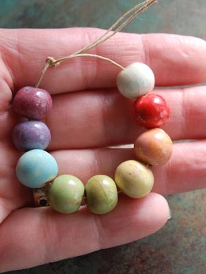 Medium Round Beads