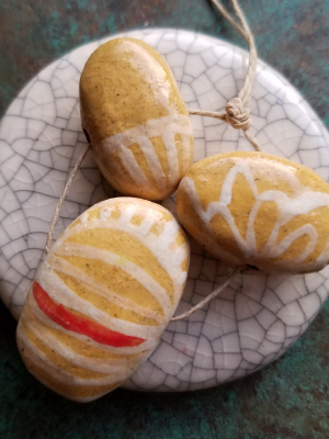 Golden / Ceramic Bead Set